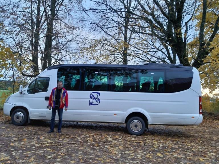 Buss ar šoferi Oļegu